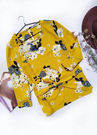 Блуза горчичного желтого цвета в цветочный принт на пояске зявязке only