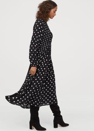 Платье  h&m раз  (eur-38,us-6),(eur-42,us-10 )
