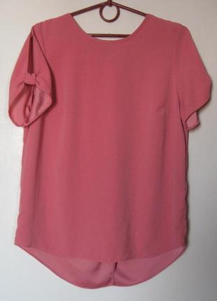 Розовая блуза сзади на запах