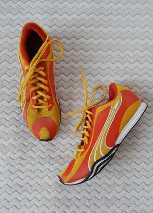 Яскраві спортивні кросівки кеди яркие кеды кроссовки puma оригинал