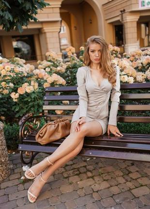 Очень красивое и практичное платье