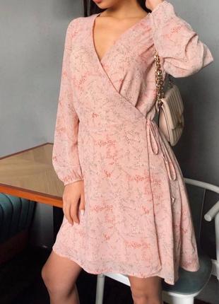 Нежное платье на запах (новое!)