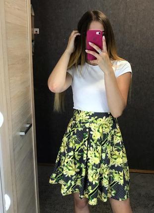 Летняя легкая хлопковая мини юбка солнце клеш в соты, в принт цветов