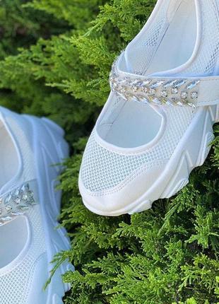 Летние женские кроссовки с камнями, сетка