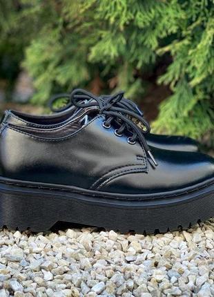 Женские туфли на платформе dr. martens 1461 mono black platform