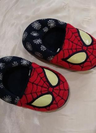 Тапочки spider-man со светящимися глазами