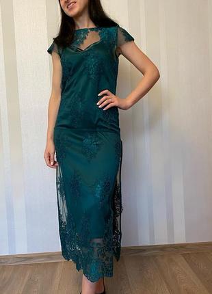 Платье изумрудного цвета andre tan