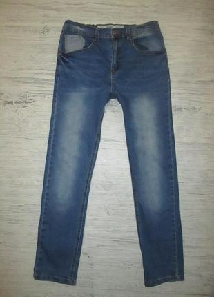 Хорошенькие стрэйчевые джинсики фирмы дленим ко на 12 лет
