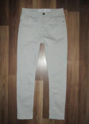Хорошенькие серенькие штанишки-джинсики фирмы деним ко на 11-12 лет