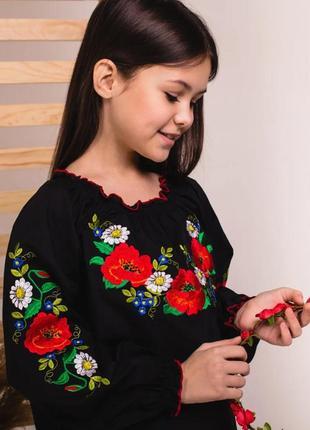 Вышиванка блуза сорочка для девочки с роскошной вышивкой гладью