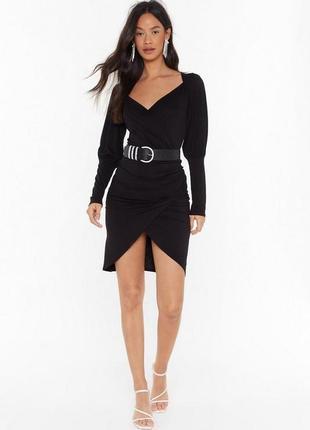 Nasty gal. товар из англии. платье в модном оформлении.
