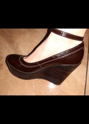 Лаковые туфли натуральная кожа