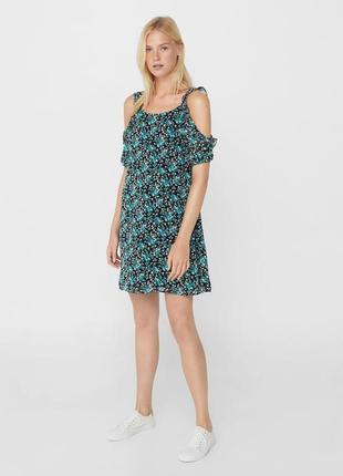 Тонке,нове плаття mango в квітковий прінт, розмір s, просто неймовірне😍😍😍