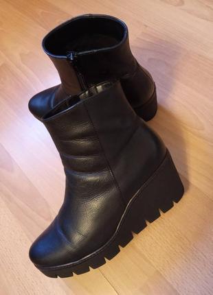Германия, шикарные, красивые, кожаные ботильоны,, ботинки, полусапоги, полусапожки