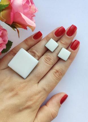 Кольцо и серьги белый квадрат