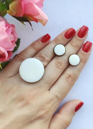 Кольцо и серьги белый круг