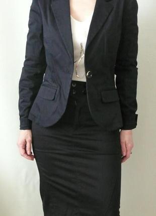 Офисный костюм guess