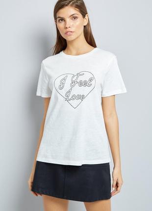 New look.товар из англии.комфортная футболка с вышивкой любовь.