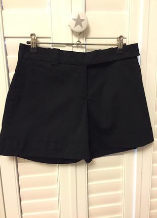 Классические чёрные шорты