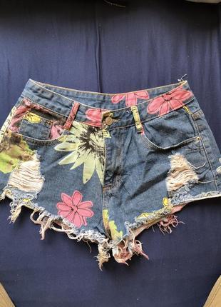 Шорты джинсовые с цветочным принтом