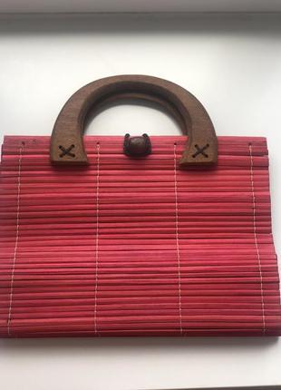 Эксклюзивная, итальянская, летняя стильная сумка соломенная с деревянными ручками