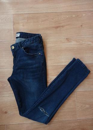 Снизила цену джинсы skinny 12- размера с дырками на коленях