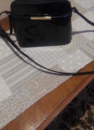 Лаковая сумочка3 фото