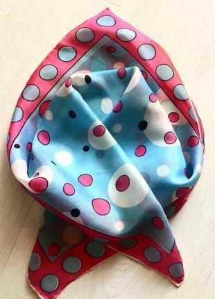 Шелковый платок ручной работы. платок-паше.42*42