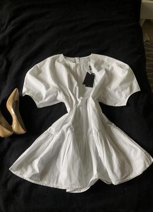 Белое платье weekday тренд сезона