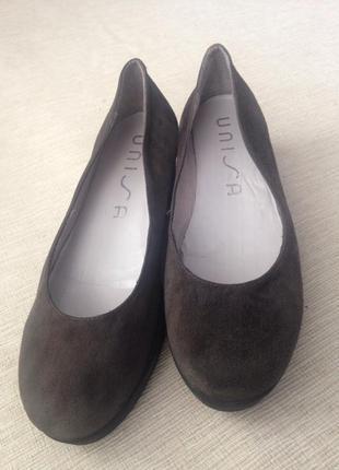 Туфли замшевые unisa 39 размер