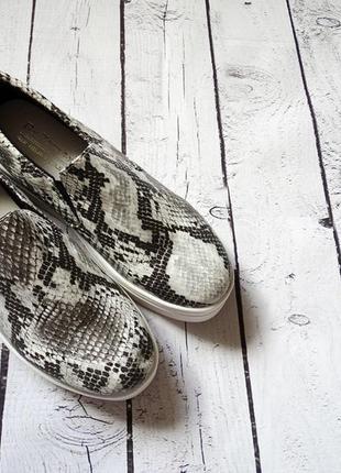 Женская обувь мокасины размер 38