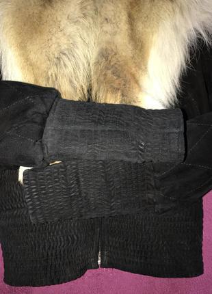 Крутая зимняя курточка с мехом