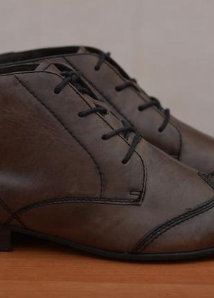 Коричневые кожаные ботильоны на каблуке, полусапожки tamaris, 40 размер. оригинал