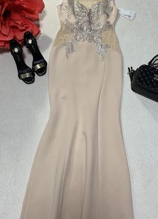 Шикарное платье,размер м