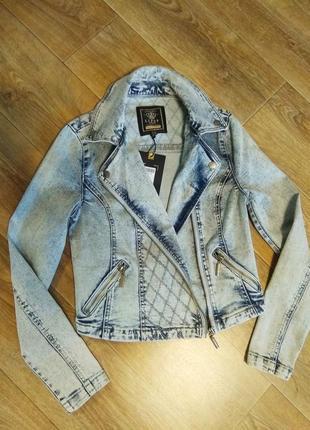 Джинсовый пиджак косуха куртка