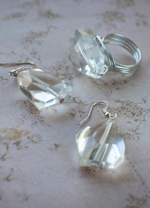 Комплект серьги кольцо 19 разм кристал крупн бижут украш пластик ручн набор прозрачн сереб