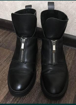 Стильные ботинки деми кожа