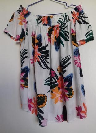 Новая блуза с-м