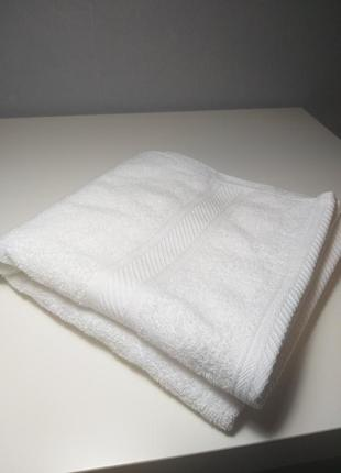 Белоснедное полотенце