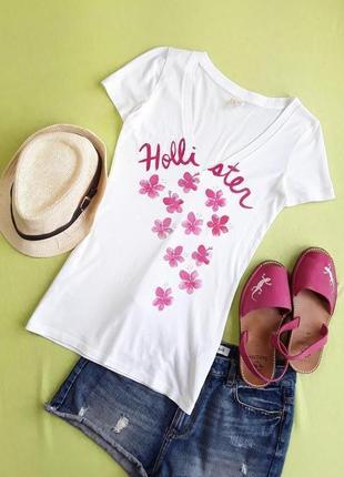 Милая футболочка от hollister