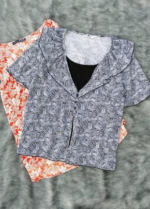 Блуза топ кофточка декорирована воротником оборкой
