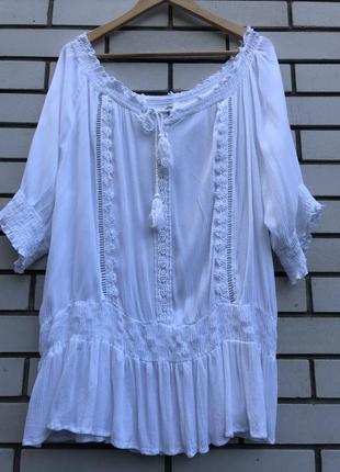Белая блузка вышиванка  в стиле этно бохо