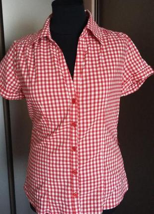 Рубашка в красно - белую клетку