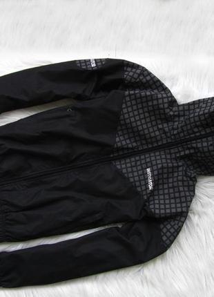 Спортивная лыжная куртка ветровка кофта реглан   с капюшоном водонепроницаемой insti
