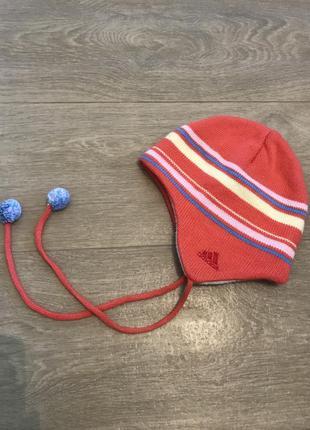 Классная шапка adidas