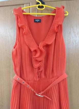 Платье яркое плиссированное воланы с поясом oasis 6/32