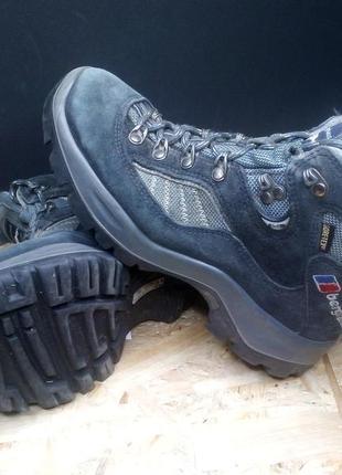 Треккинговые ботинки berghaus gore-tex 36 р # 742