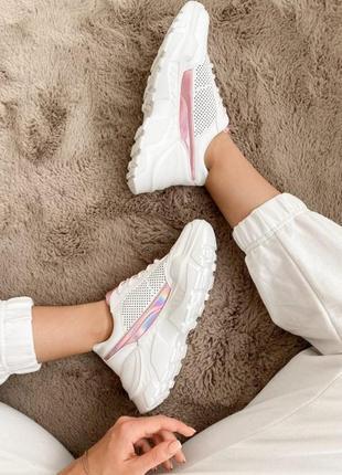 Кроссовки белые сеточкой с розовыми вставками
