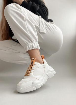 Кроссовки белые torry