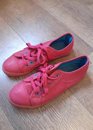 Кожаные фирменные мокасины кеды кроссовки